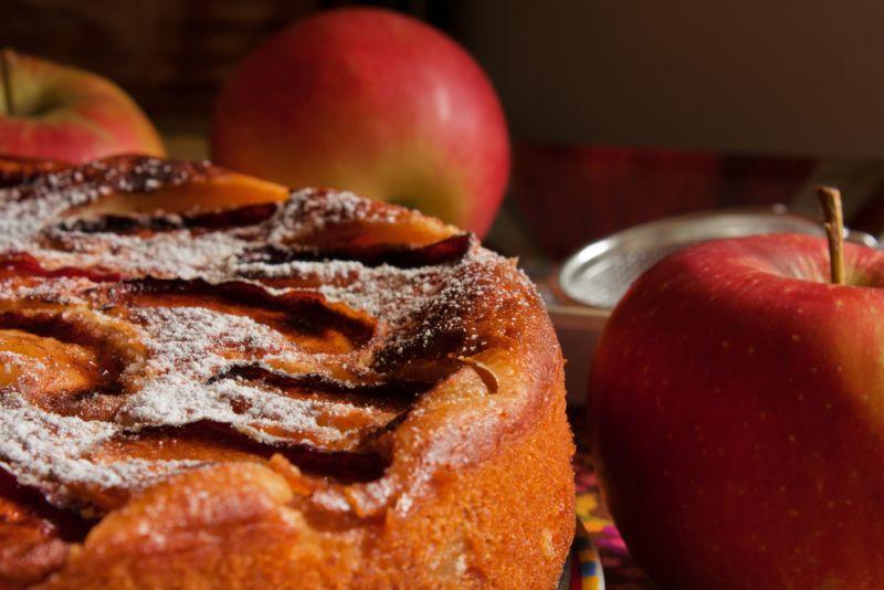 Prajitura cu mere si scortisoara